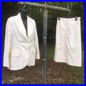 Vtg. 2pc. Off White Skirt Suit